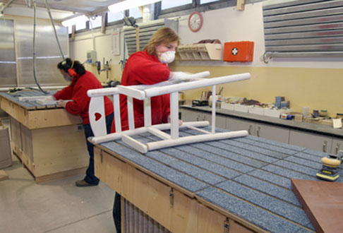 Falegnameria grotto produzione mobili ed elementi d 39 arredo for Industria mobili